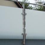 Brüstungsverglasung mit Verbundsicherheitsglas aus 2*ESG mit matter Folie und Edelstahlbefestigung